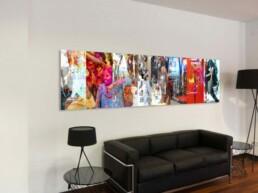 Fotokunstwerk über modernem Sofa